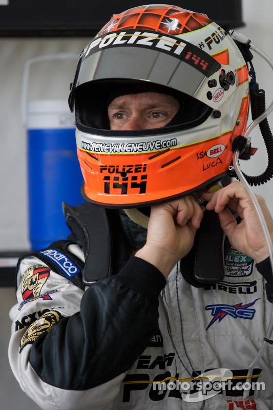 Rene Villeneuve se prépare pour son dernier relais