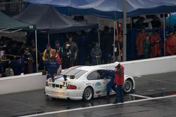 #21 Matt Connolly Motorsports Pontiac GTO.R: Mauro Casedei, Gabrio Rosa dans les stands