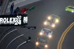 Start: #55 Crown Royal/NPN Racing BMW Riley: Christophe Bouchut, Sébastien Bourdais, Emmanuel Collar