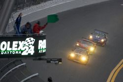 Start: #70 SpeedSource Mazda RX-8: Jonathan Bomarito, Nick Ham, David Haskell, Sylvain Tremblay