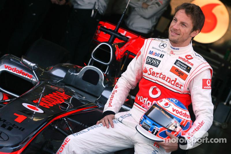 Баттон унес чемпионскую «единичку» в McLaren, заняв место уволенного Ковалайнена