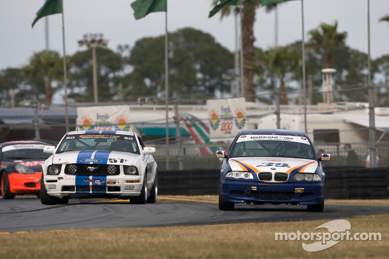 #39 Next Generation Motorsports BMW 330: Bryan Collyer, Craig Conway, #57 Rehagen Racing Ford Mustan
