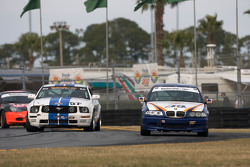 #39 Next Generation Motorsports BMW 330: Bryan Collyer, Craig Conway, #57 Rehagen Racing Ford Mustan