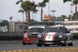 #88 Ranger Sports Racing Porsche 997: Barry Ellis, Fraser Wellon
