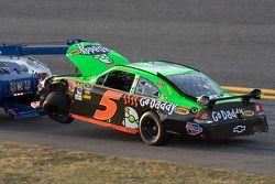 Crash: wagen van Mark Martin, Hendrick Motorsports Chevrolet