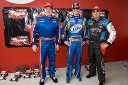 Evento de carreras de autos a control remoto del Novato del Año Raybestos: Terry Cook, Kurt Busch y