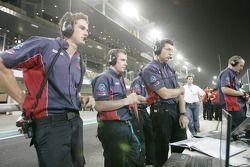 Arden International team op de pitmuur