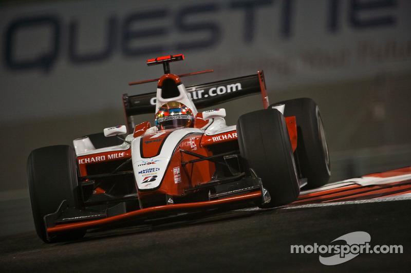 Depois de competir brevemente na GP2 Ásia em 2009-10, ele fez a temporada completa da GP2 em 2010, pela ART Grand Prix, terminando o campeonato em terceiro, atrás de Pastor Maldonado e Sergio Pérez.