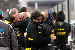 El equipo DPR celebra los segundos y terceros lugares de Michael Herck y Giacomo Ricci