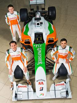 Adrian Sutil with Force India F1 team mate Vitantonio Liuzzi and Paul Di Resta Force India F1 Third