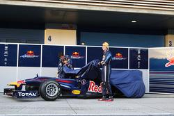 Mark Webber, Red Bull Racing y Sebastian Vettel, Red Bull Racing presentan el nuevo Red Bull RB6