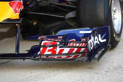 El nuevo Red Bull RB6, alerón frontal