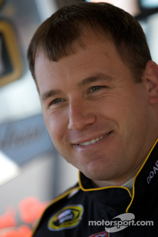 Ryan Newman, Stewart-Haas Racing Chevrolet met de media