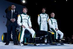 Team CEO Tony Fernandes, Jarno Trulli, Heikki Kovalainen, and Fairuz Fauzy