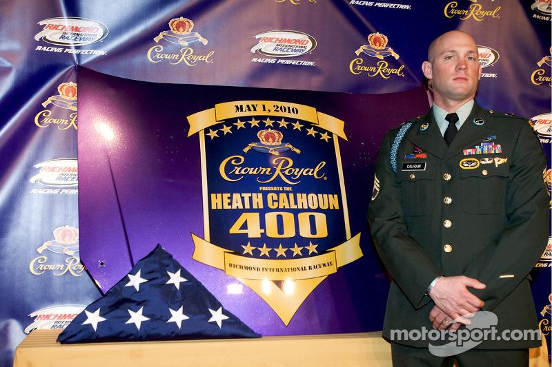 Crown Royal persconferentie: Heath Calhoun presenteert de Heath Calhoun 400 at Richmond