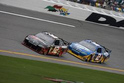 Brad Keselowski, Penske Racing Dodge and Kurt Busch, Penske Racing Dodge
