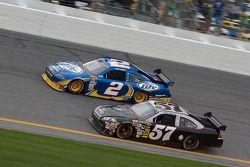 Kurt Busch, Penske Racing Dodge, y Norm Benning, Norm Benning Racing Chevrolet