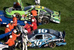 Autos de Colin Braun y Stanton Barrett tras el accidente
