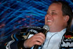 Champion's breakfast: crew chief Kevin Manion talks with fans