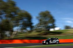 #28 GWS Personnel, BMW 130i: Peter O'Donnell, Christian D'Agostin, Steve Briffa
