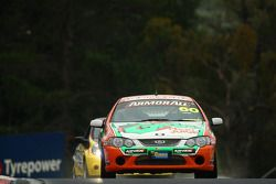 #60 Grove Fruit Juice/I seek, Ford BF XR8: Greg Willis, Jason Gomersall, Matt Mackelden