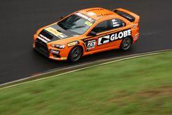 #62 GLOBE / Westrac, Mitsubishi Evo X RS: Peter Hill, Eric Bana, Tim Leahey