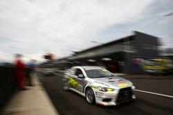 #33 Pro-Duct, Mitsubishi Evo X RS: Bob Pearson, Jason Bargwanna, Steve Glenney