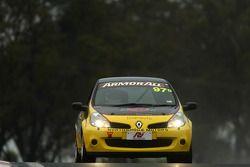 #97 Safe-T-Stop, Renault Clio 197: Richard Gartner, Mark Eddy, Ross Zampatti