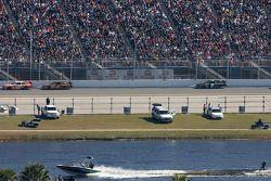 Joey Logano, Joe Gibbs Racing Toyota, David Ragan, Roush Fenway Racing Ford and Robby Gordon, Robby