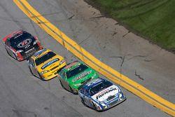 Carl Edwards, Kyle Busch, Dale Earnhardt Jr. y Kevin Harvick