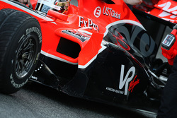 Timo Glock, Virgin Racing VR-01, detay