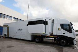 Truck Lotus F1 Team