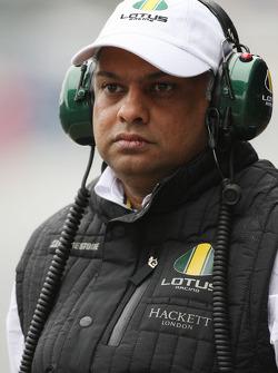 Tony Fernandes, Lotus F1 Team, Takım Patronu