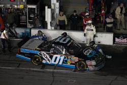 Pitstop J.J. Yeley
