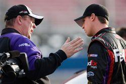 Denny Hamlin, Joe Gibbs Racing Toyota met teammanager Mike Ford