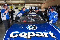 La #60 Copart Ford dans le garage