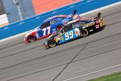 Sam Hornish Jr., Penske Racing Dodge et Carl Edwards, Roush Fenway Racing Ford