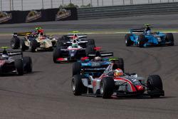 Edoardo Piscopo rijdt voor Yelmer Buurman en Vladimir Arabadzhiev