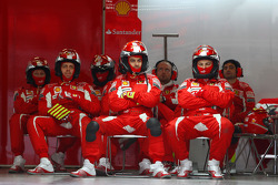 Mécaniciens Scuderia Ferrari