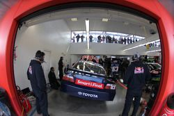 Área de garage de Red Bull Racing Team Toyota