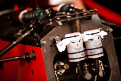 Un poco de Arte de parte de los mecánicos de Jules Bianchi