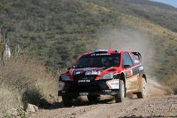 Федерико Вильягра и Хорхе-Перес Компанк, Ford Focus RS WRC08, Munchi's Ford World Rally Team