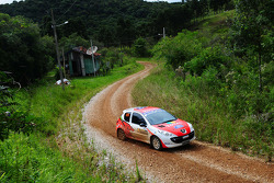 Luis Eduardo Stedile en Lucas Generosi, Peugeot 207
