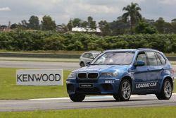 BMW devant car