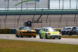 #07 Euro Motorworks Racing Porsche 997: Terry Heath, Rene Robichaud; #5 TPN/Blackforest Racing Dodge Challenger: Ian James, Tom Nastasi