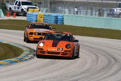 #83 BGB Motorsports Porsche 997: Guy Cosmo, Stewart Tetreault