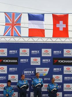 Sergio Hernetez, Scuderia Proteam Motorsport, BMW 320siavec Robert Huff, Chevrolet, Chevrolet Cruze
