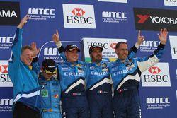 Sergio Hernetez, Scuderia Proteam Motorsport, BMW 320si avec Robert Huff, Chevrolet, Chevrolet Cruze
