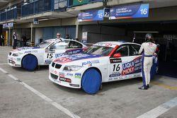 Franz Engstler, Liqui Moly Team Engstler, BMW 320si en Andrei Romanov, Liqui Moly Team Engstler, BMW