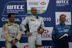 Jordi Gene, SR - Sport, Seat Leon 2.0 TDI with Gabriele Tarquini, SR - Sport, Seat Leon 2.0 TDI and